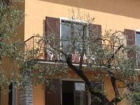 Villa Girasole near the lake