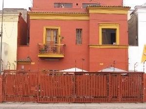 Albergue Miraflores House