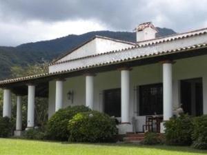 Antigua Sala Hosteria