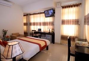 Canary Hotel Hue