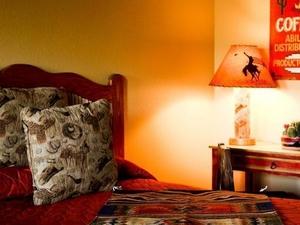Cave Creek Tumbleweed Hotel