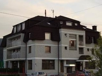 Damis hotel-Pale