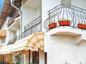 Delphini Guesthouse