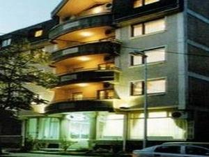 Duvet Hotel