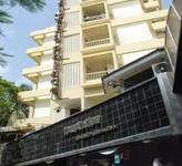 Hotel Metro Palace