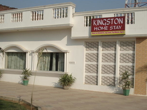 Kingston Home Stay