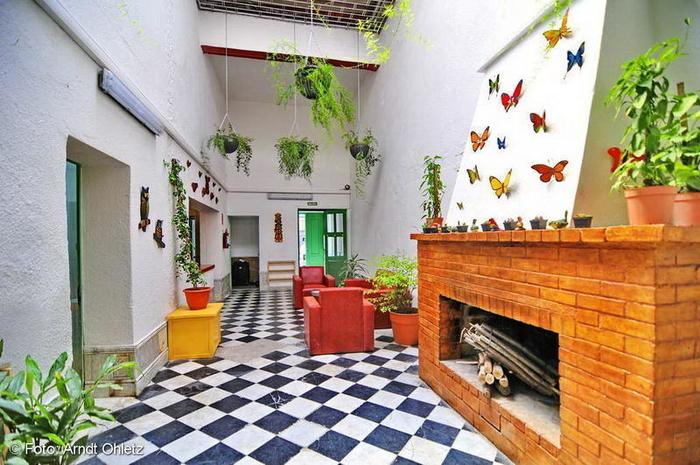 Los jardines colgantes de babilonia hostel montevideo Hotel jardines de babilonia