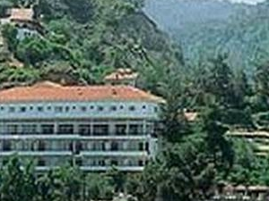 Makris Hotel