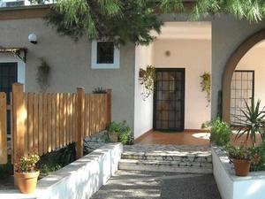 Santa Venardia