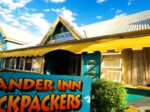 Wander Inn Backpackers