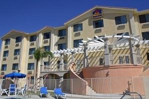 Bw Lake Elsinore Inn Suites