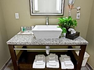 Best Western Olathe Hotel Suites