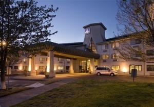 Best Western Inn At Meadows