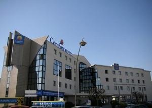 Comfort Hotel Rosnysousbois