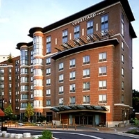 Courtyard Marriott Brookline