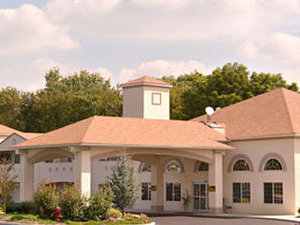 Days Inn And Suites Cherry Hil