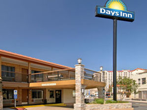 Days Inn Alamo Riverwalk