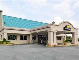 Days Inn Oglethorpe Mall