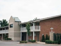 Econo Lodge Inn And Suites Ov