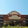 Econo Lodge Inn And Suites Ha