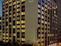 Embassy Suites Fort Worth Down