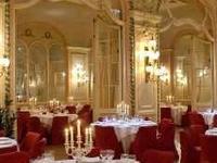 Grand Hotel De L Univers