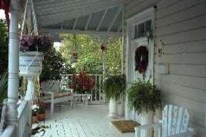 Tea Garden Inn