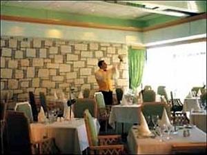 Palm Beach Hotel Bungalows