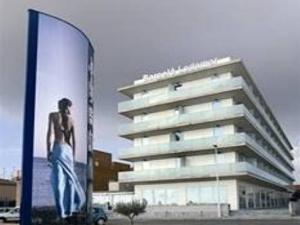 Barcelo Lodomar Hotel