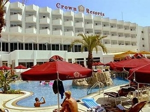 Crown Resorts Horizon Hotel