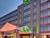 Holiday Inn Warren