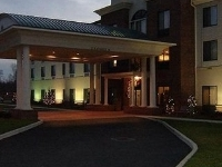Holiday Inn Exp Newton Falls