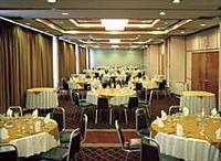 Holiday Inn Aurola