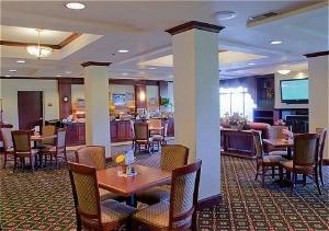 Holiday Inn Exp Ste Chambrsbrg