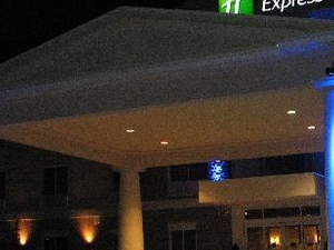 Holiday Express and Suites W Coxsack