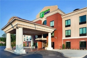 Holiday Express and Suites Harriman