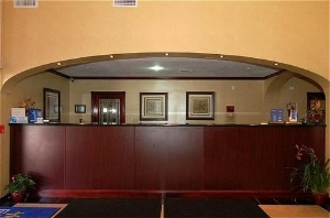 Holiday Express and Suites Anaheim W