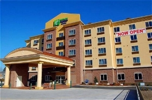 Holiday Express and Suites Lynnwood