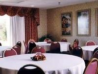 Hampton Inn And Suites Cleveland Se