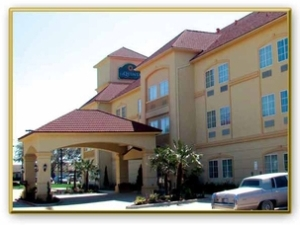 La Quinta Inn Suites Cleburn