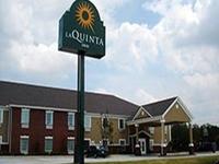 La Quinta Inn Suites Calhoun