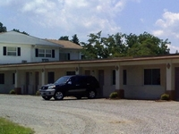 Whispering Pines Motel White S