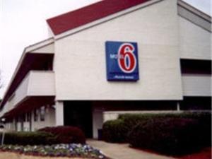 Motel 6 Memphis Downtown