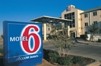 Motel 6 Williams West