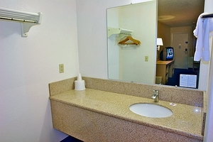 Motel 6 Gibbstown Nj
