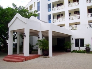 Sunrise Resort Apartments And