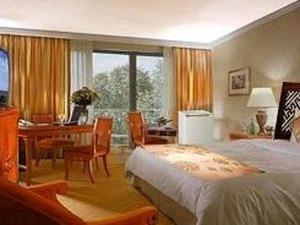 Amazing Hotel Hanoi