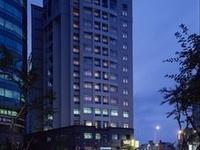 City Lake Hotel