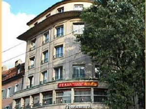 Athmos Hotel Center
