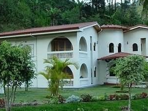 Hotel Rio Perlas Spa And Resort